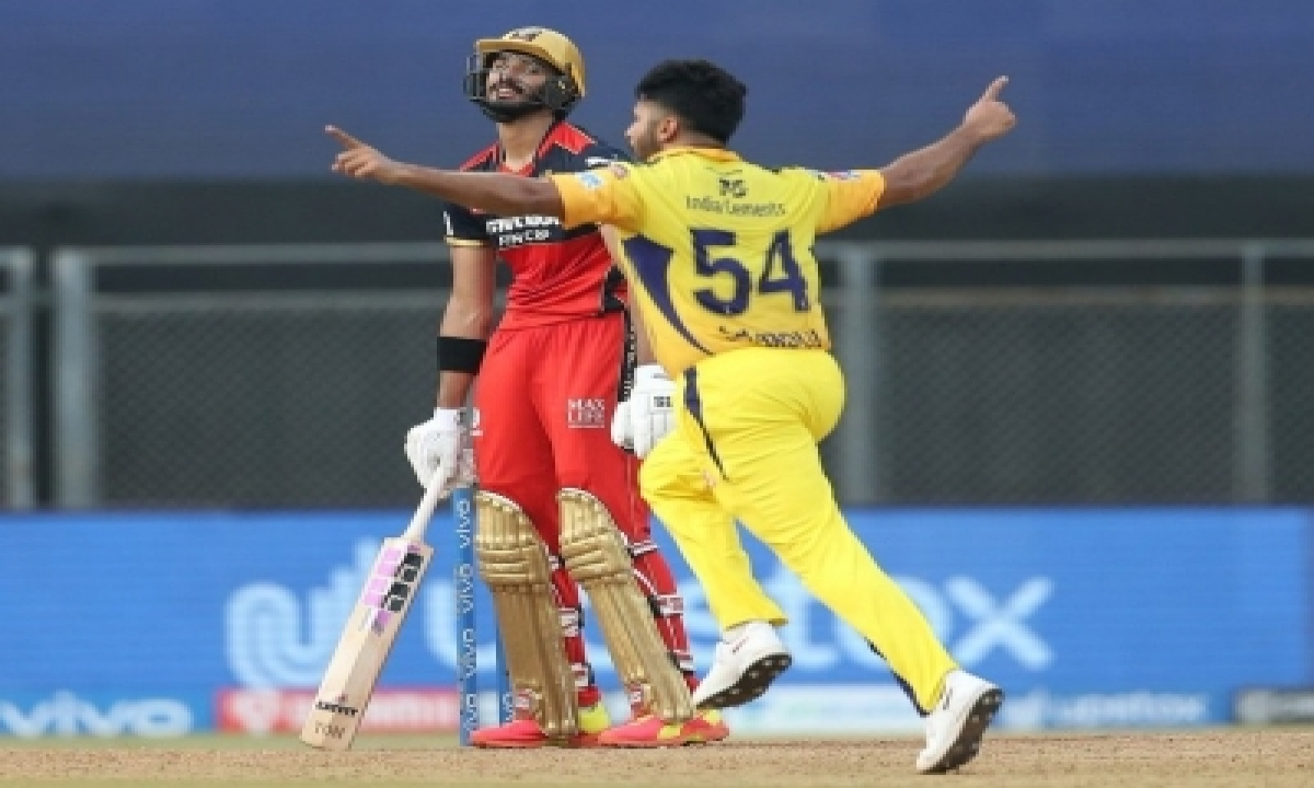 Ipl 2021: Chennai Fightback In The Last Ten Overs To Keep Bangalore At 156/6-TeluguStop.com