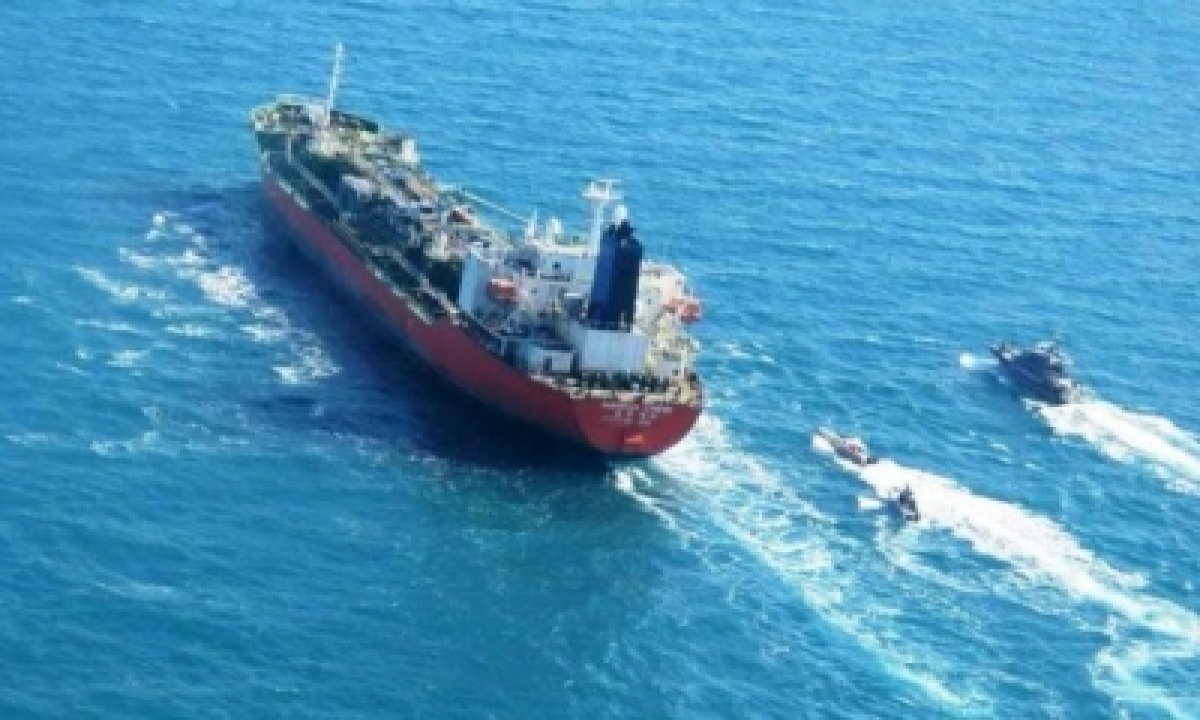 TeluguStop.com - Iran Reacts To Rumours On Possible Release Of S.korean Tanker