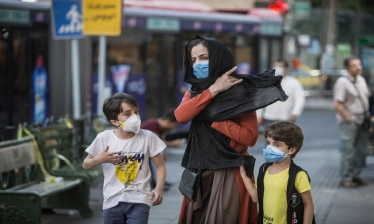 Iran To Enter Two-week Lockdown-TeluguStop.com
