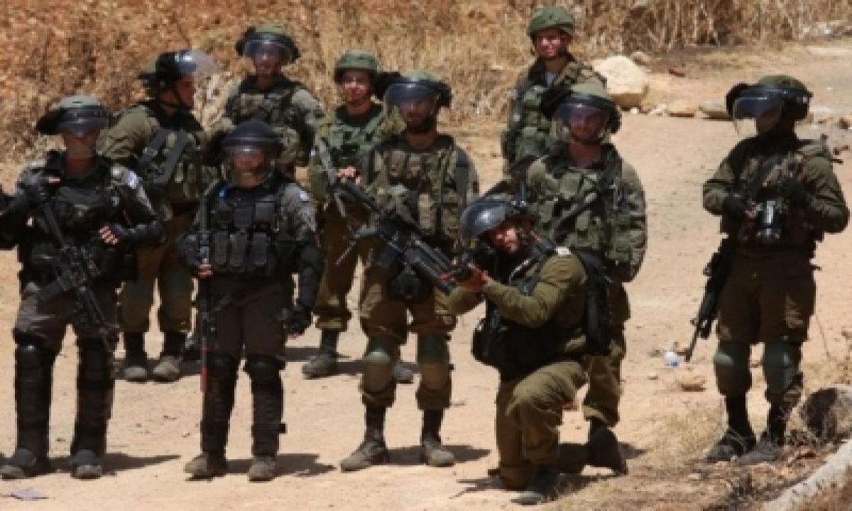 Israeli Troops Kill 4 Hamas Operatives In West Bank-TeluguStop.com