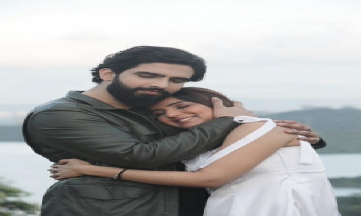 Jasmin Bhasin Hails Singer Amaal As 'simple, Down-to-earth, Humble' – Mumbai News | Cinema/showbiz,cine-special-TeluguStop.com