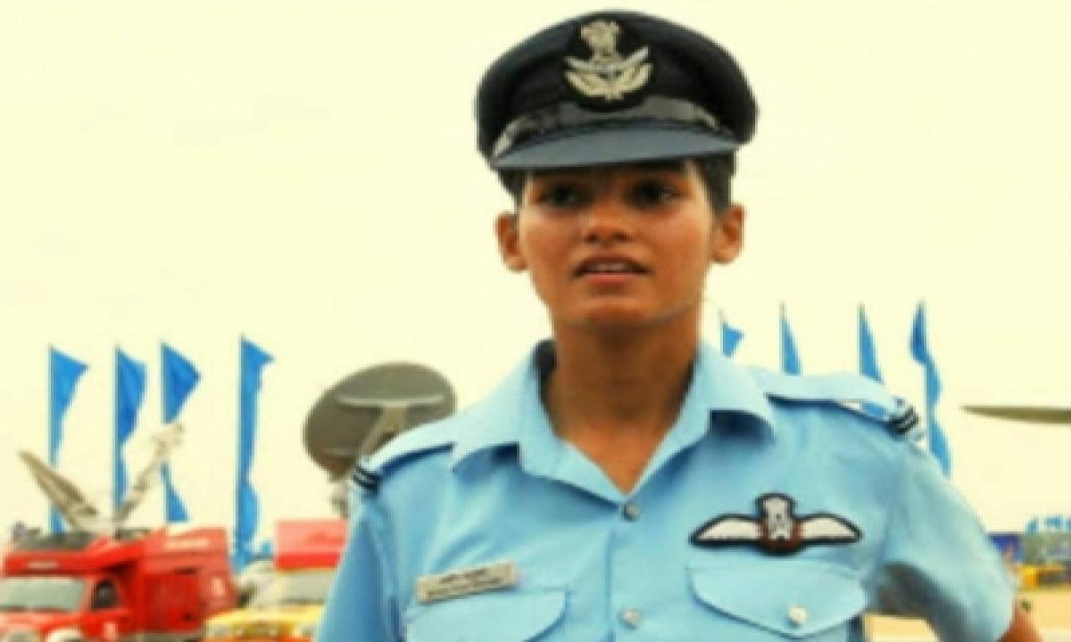 J&k's Mawya Becomes 12th Fighter Pilot In Iaf-TeluguStop.com