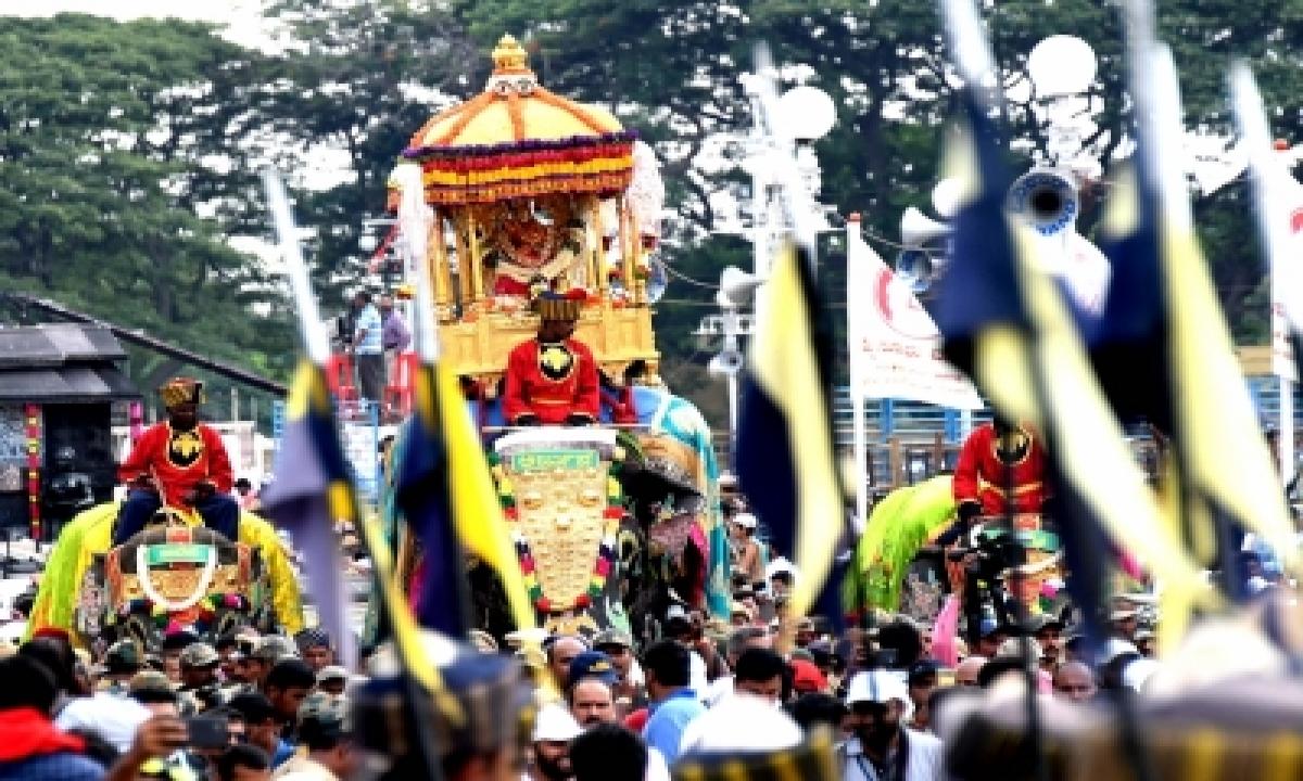 K'taka Gears Up For Mysuru Dasara, Elephants Accorded Grand Welcome-TeluguStop.com