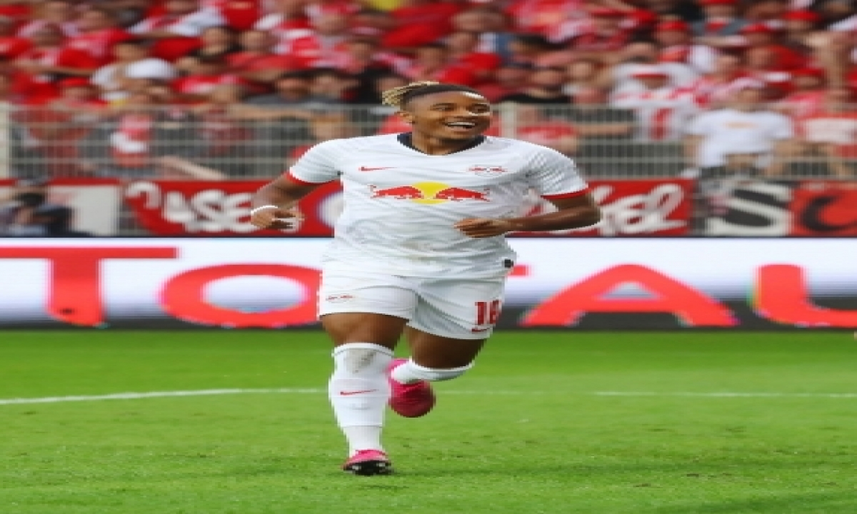 Like Messi, But Three Goals Don't Make Nkunku, Leipzig Happy-TeluguStop.com