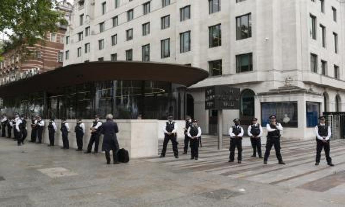 TeluguStop.com - London Wedding Organiser Fined Over $13k For Breaching Lockdown