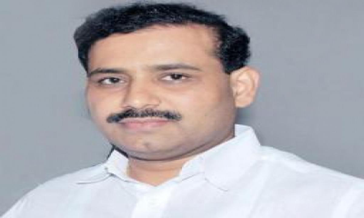 Maharashtra Left With Only 3 Days Vaccine Stocks: Minister-TeluguStop.com