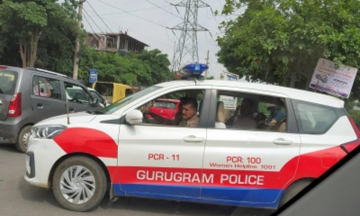 Man Accuses Gurugram Cop Of Physical Assault, Files Complaint-TeluguStop.com