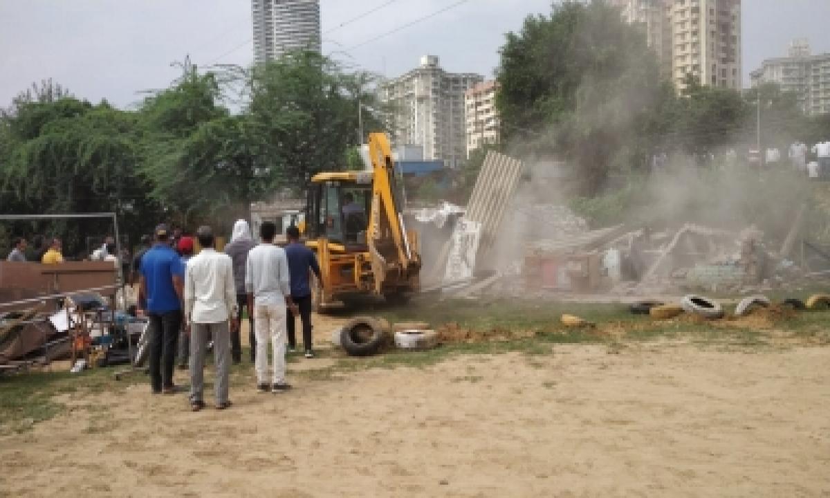 MCG Removes Encroachments From Gurugram-Faridabad Road-Latest News English-Telugu Tollywood Photo Image-TeluguStop.com