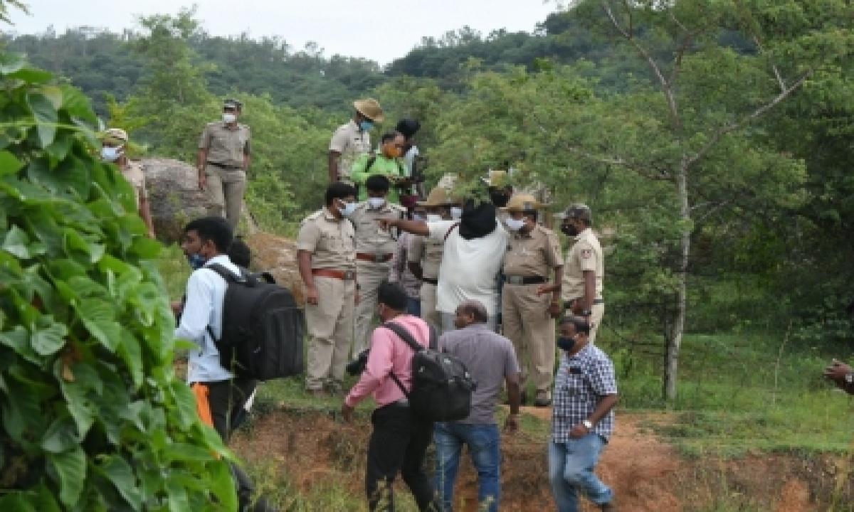 Mysuru Gang Rape: Victim Identifies Rapists In Id Parade-TeluguStop.com