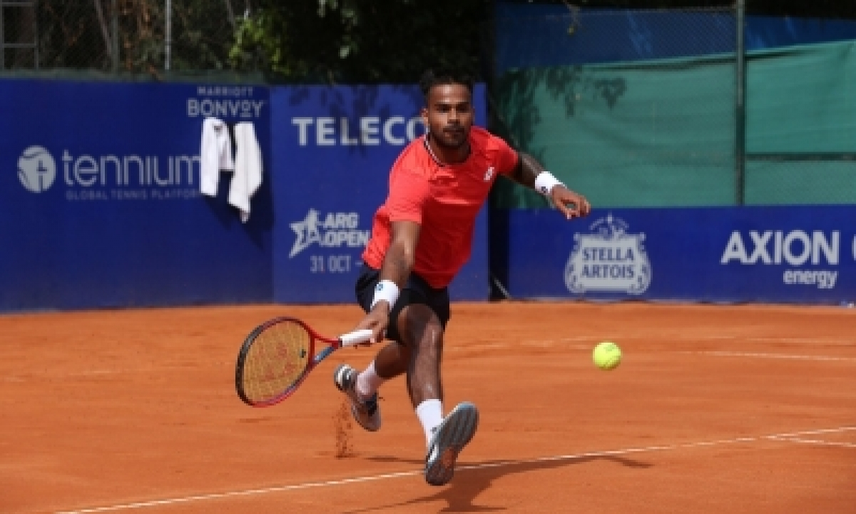 Nagal Crashes Out Of Monte Carlo Masters In 58 Minutes-TeluguStop.com
