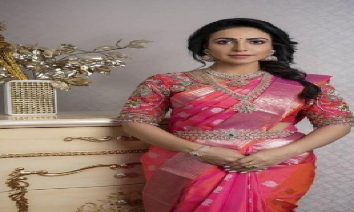 Nandini Rai Reveals Why Co-star Vikas Slapped Her Hard!-TeluguStop.com