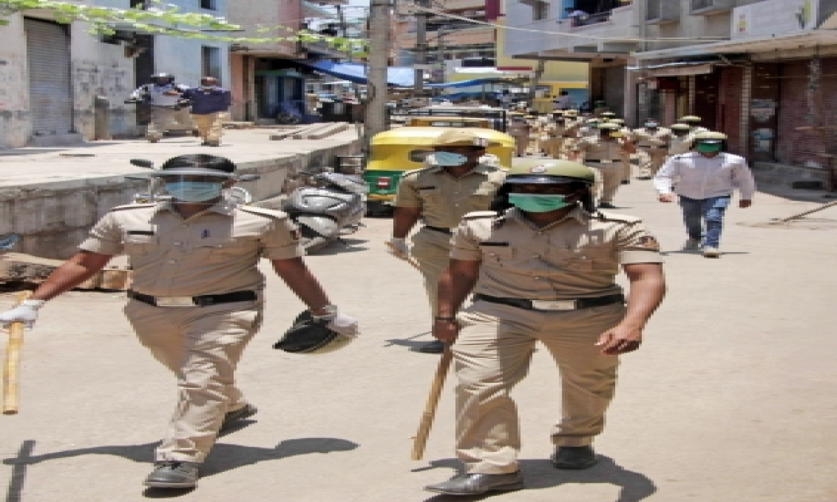 Ngos Demand K'taka Police To Curb 'politically Motivated' Vigilantism-TeluguStop.com