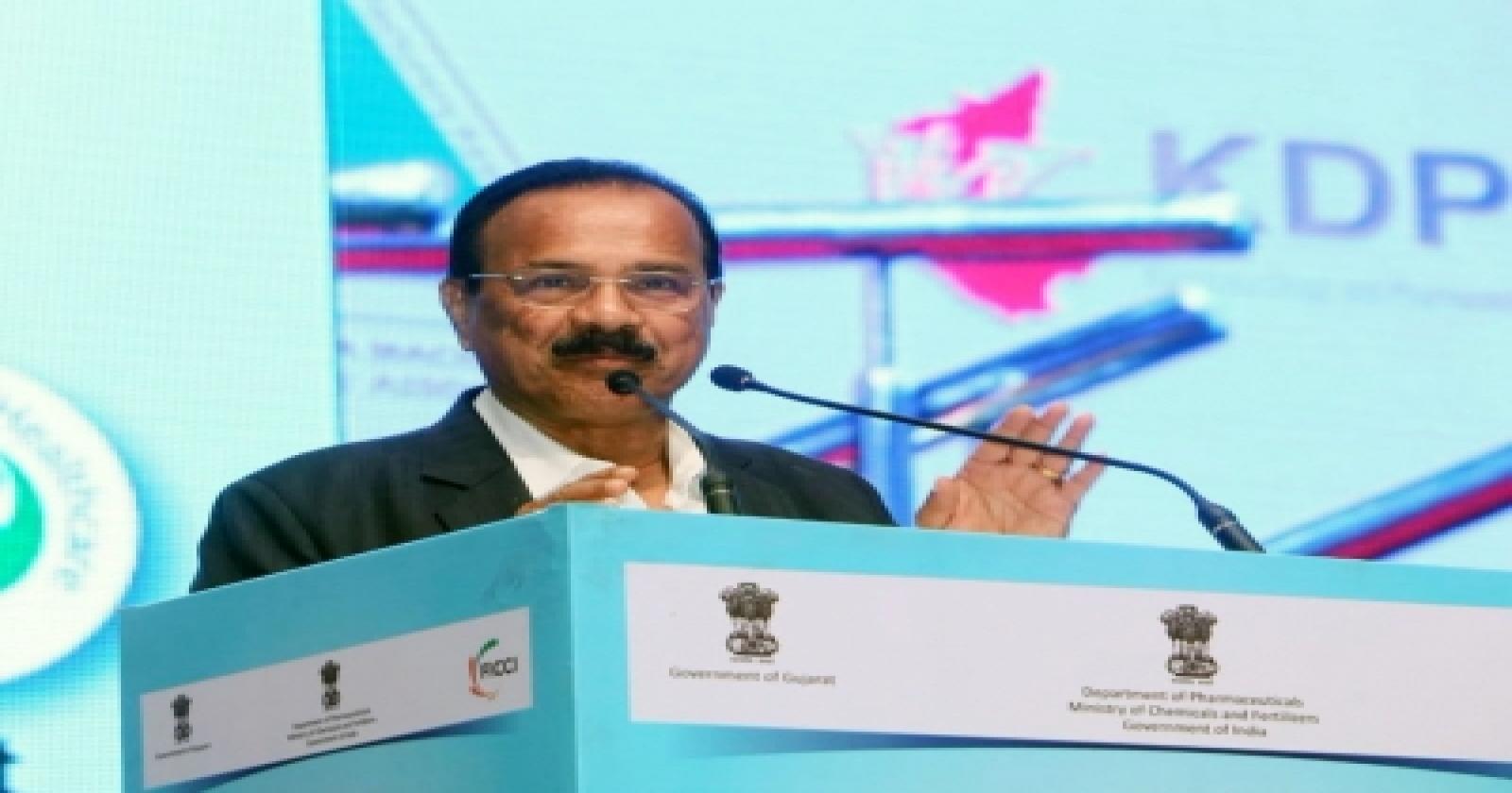 No Dearth Of Medicine To Treat Black Fungus, Assures Union Minister-TeluguStop.com
