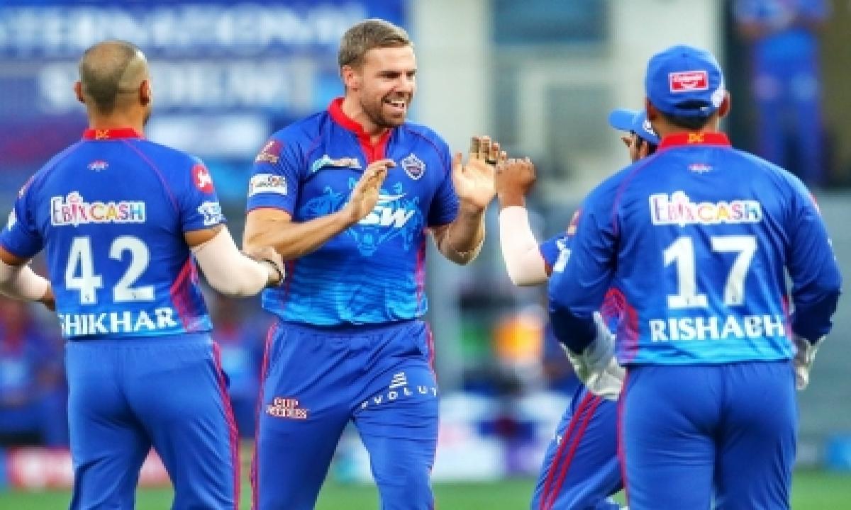Nortje And Rabada Know How To Bowl To David Warner: Pietersen-TeluguStop.com