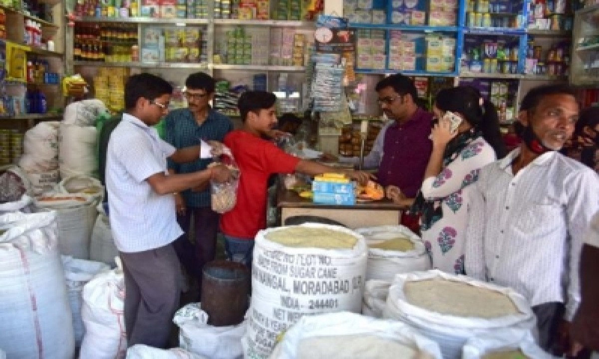 November Retail Inflation Eases To 7%, Food Prices Cool Down (roundup)-TeluguStop.com