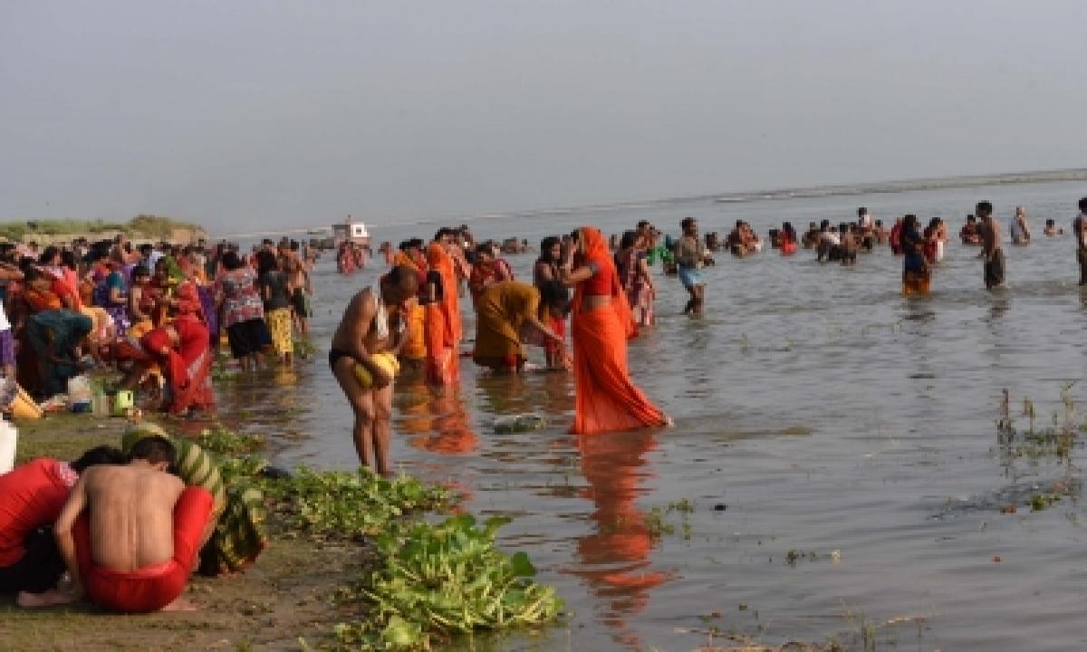 On Ganga Dussehra, Braj Mandal Activists Resolve To Save Dying Yamuna-TeluguStop.com