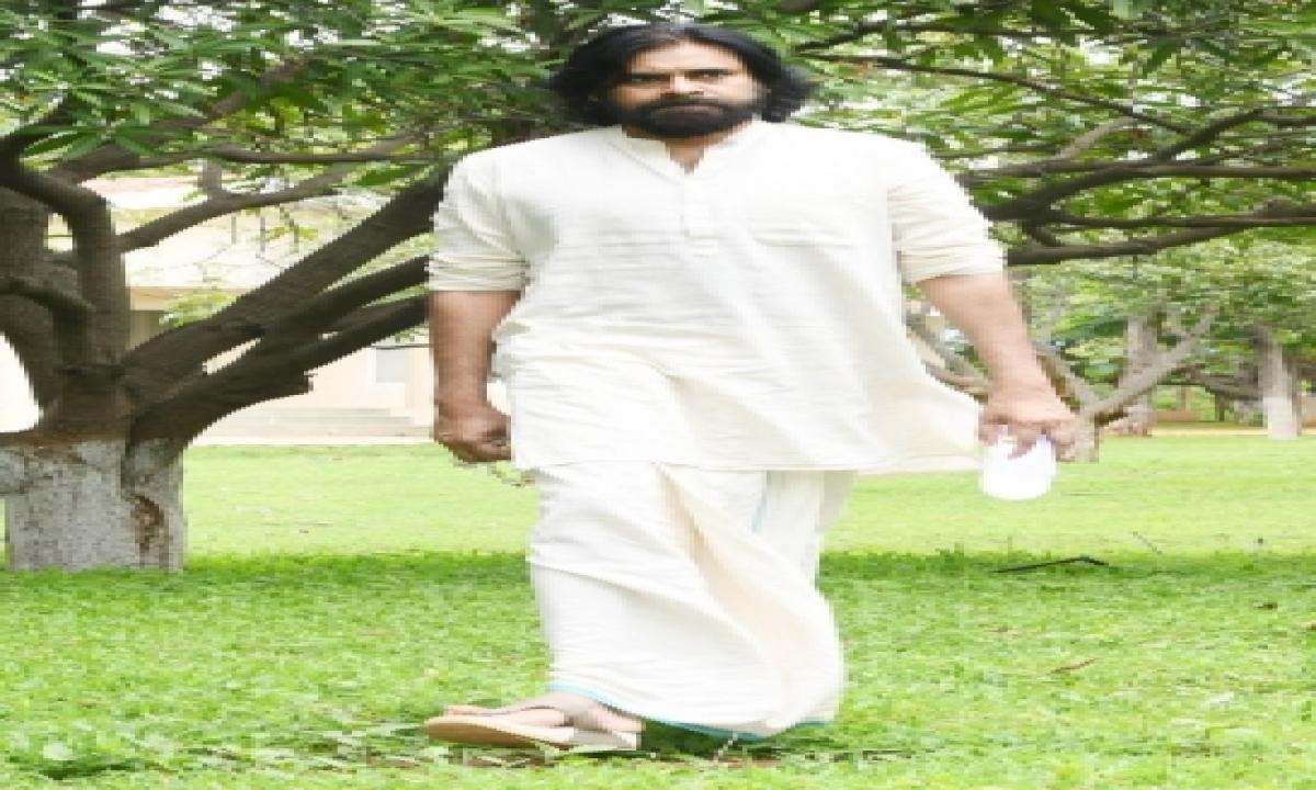 Pawan Kalyan Donates Rs 30 Lakh For Ram Temple-TeluguStop.com