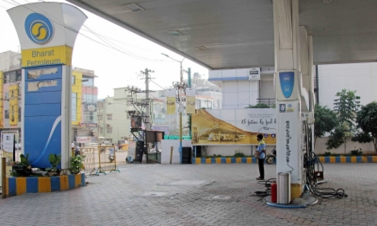 Petrol Crosses Rs 97/litre In Delhi, Diesel Nears Rs 88-TeluguStop.com