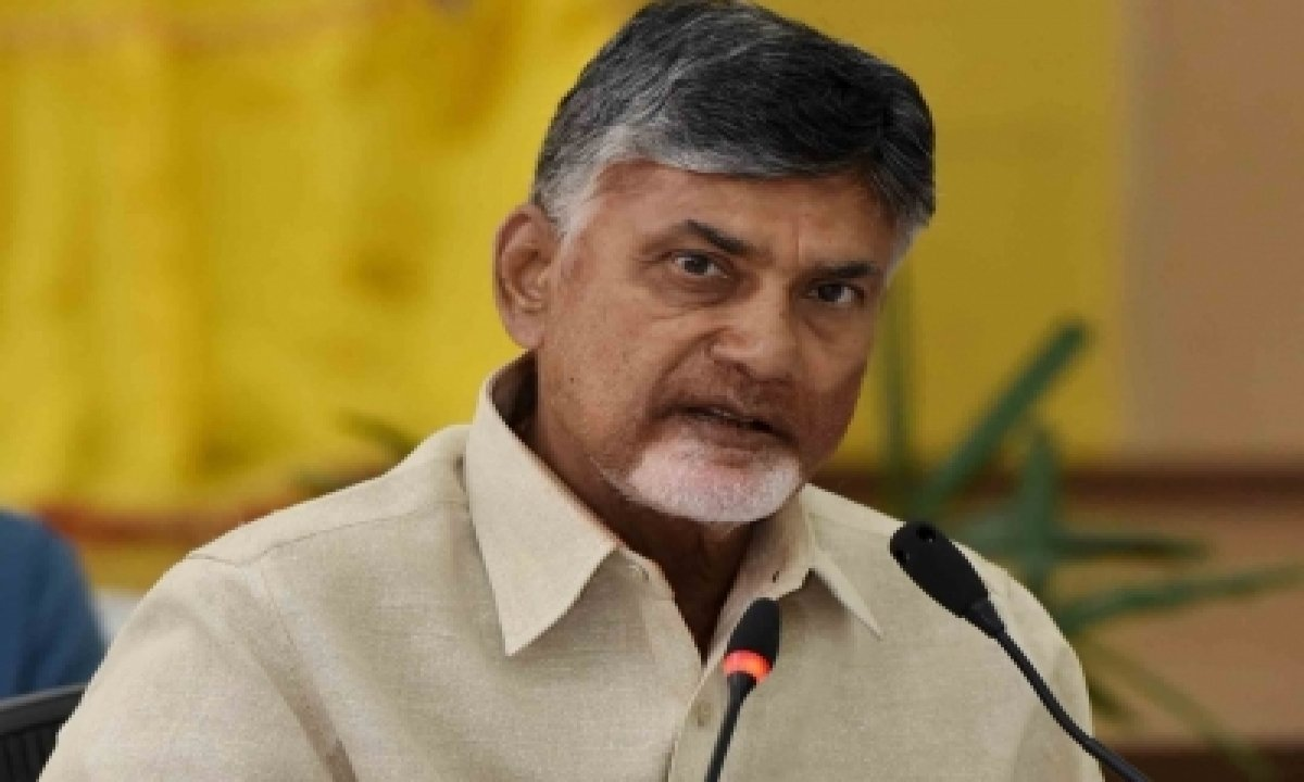Police Harassing Tdp Cadres In Temple Attack Case: Naidu-TeluguStop.com