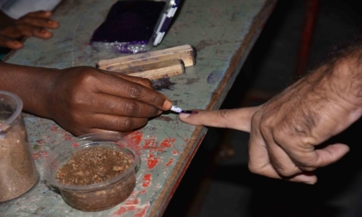 Polling Underway For Telangana's Nagarjunasagar Assembly Bypoll-TeluguStop.com