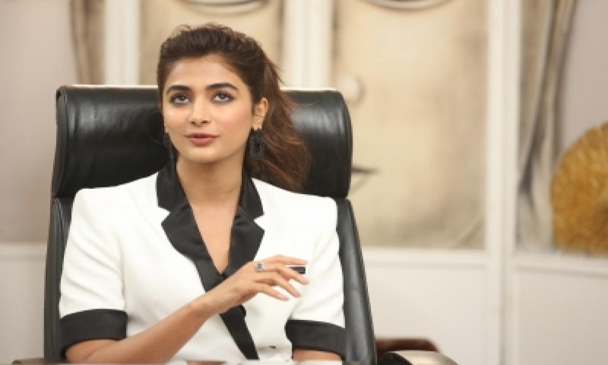 TeluguStop.com - Pooja Hegde Wraps Up 'radhe Shyam' Schedule