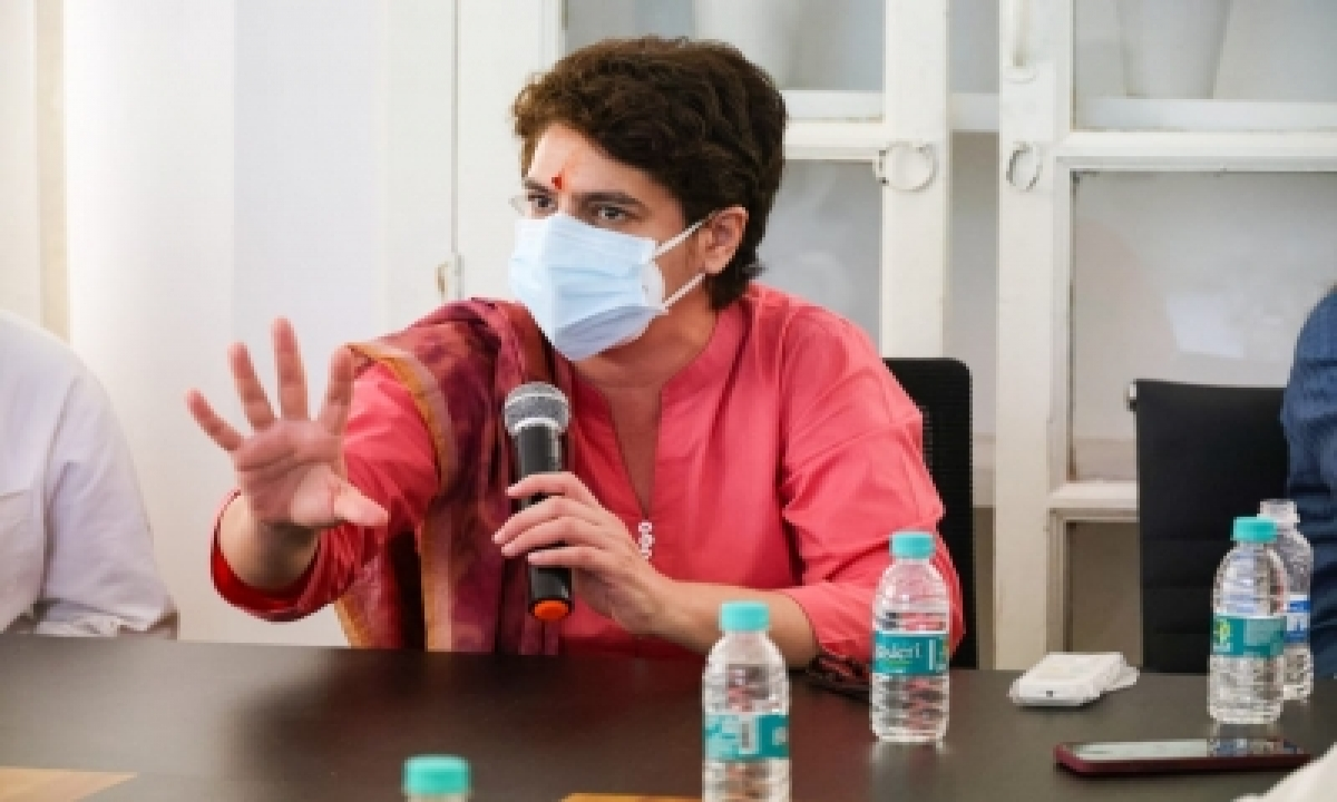 Priyanka To Be In Lucknow From Monday To Take Stock Of Poll Preps-TeluguStop.com