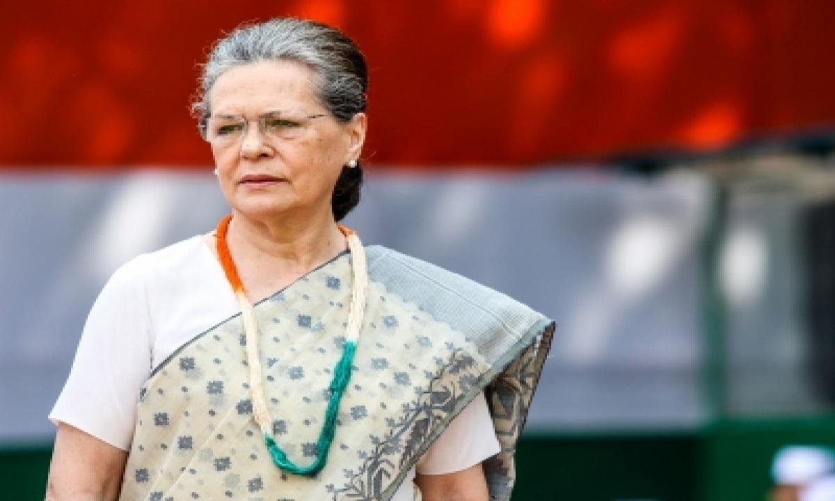 Punjab Mlas Authorise Sonia To Select New Clp Leader-TeluguStop.com
