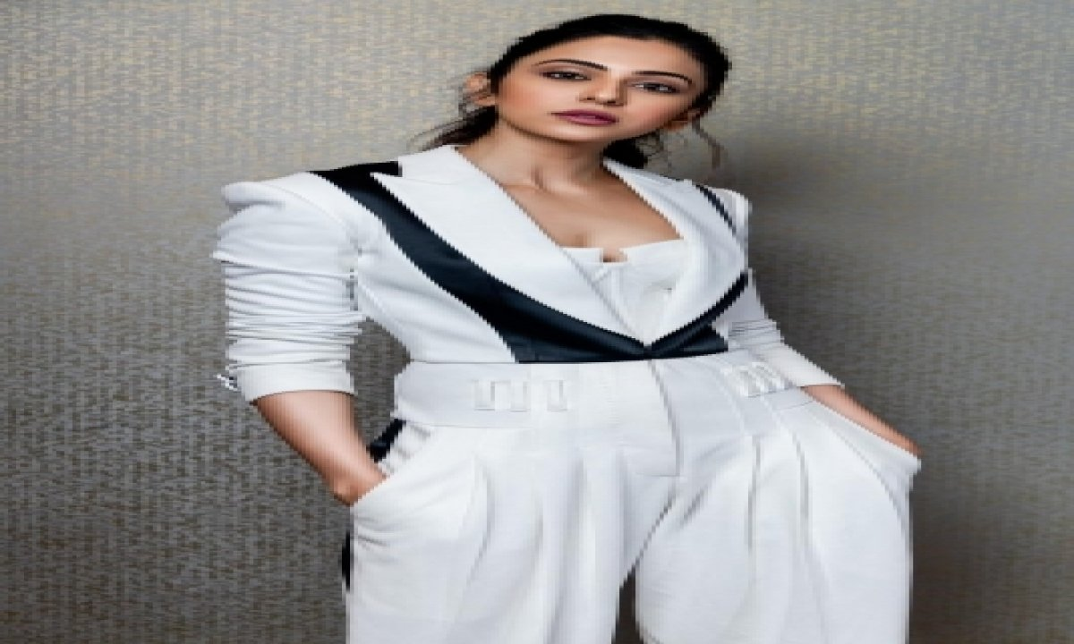Rakulpreet's Motto: Laugh As Much As You Breathe-TeluguStop.com