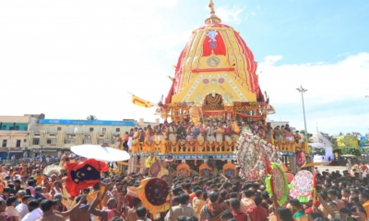 Rath Yatra Of Holy Trinity Completed In Puri-TeluguStop.com