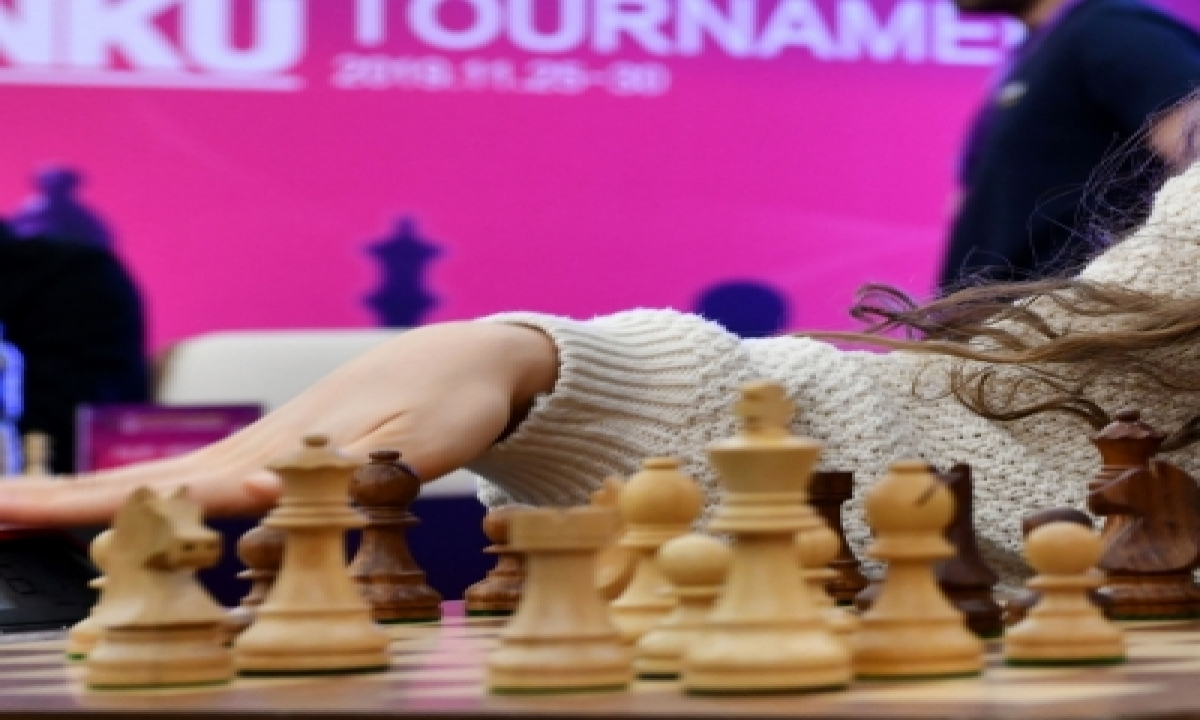 Russian Chess Coach Alleges Indian Company Owes Him Fees-TeluguStop.com