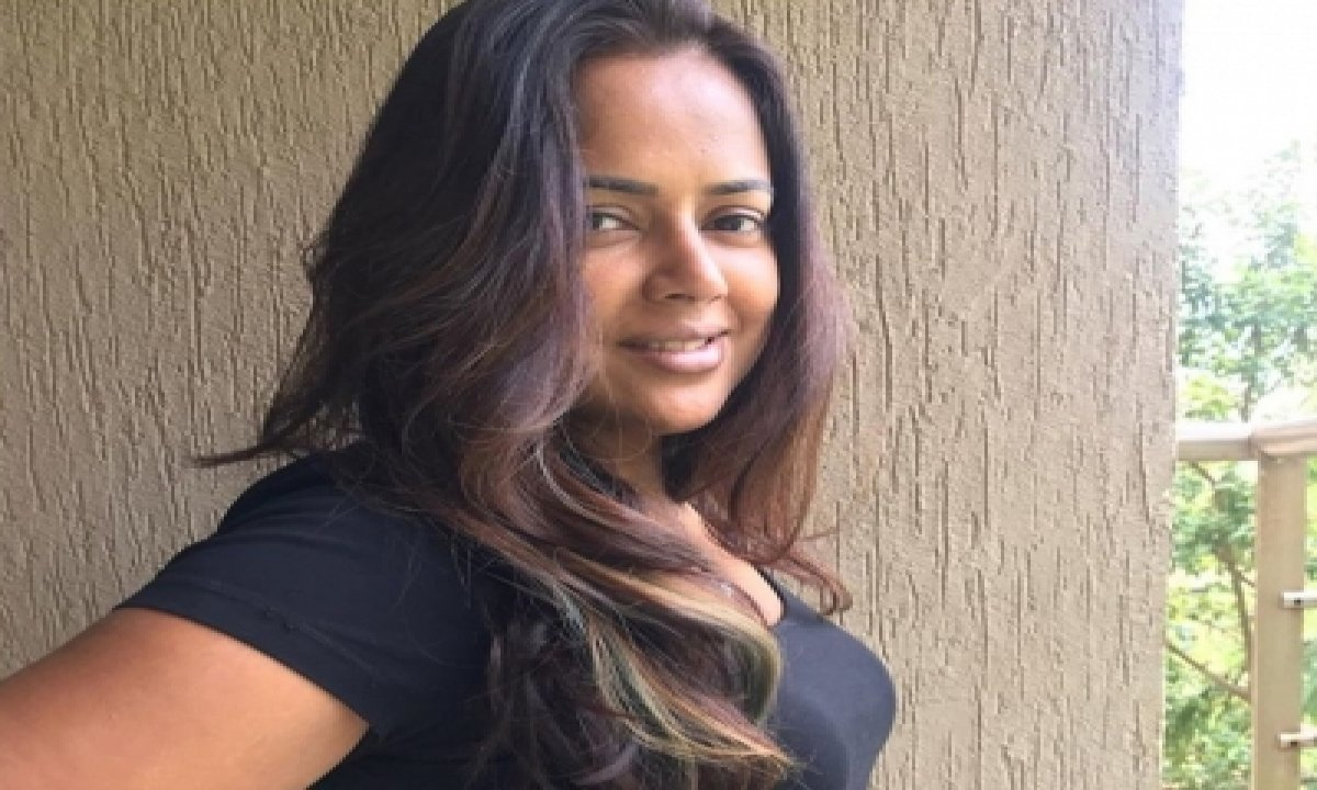 Sameera Reddy's Tips To Tackle Post-covid Weakness-TeluguStop.com