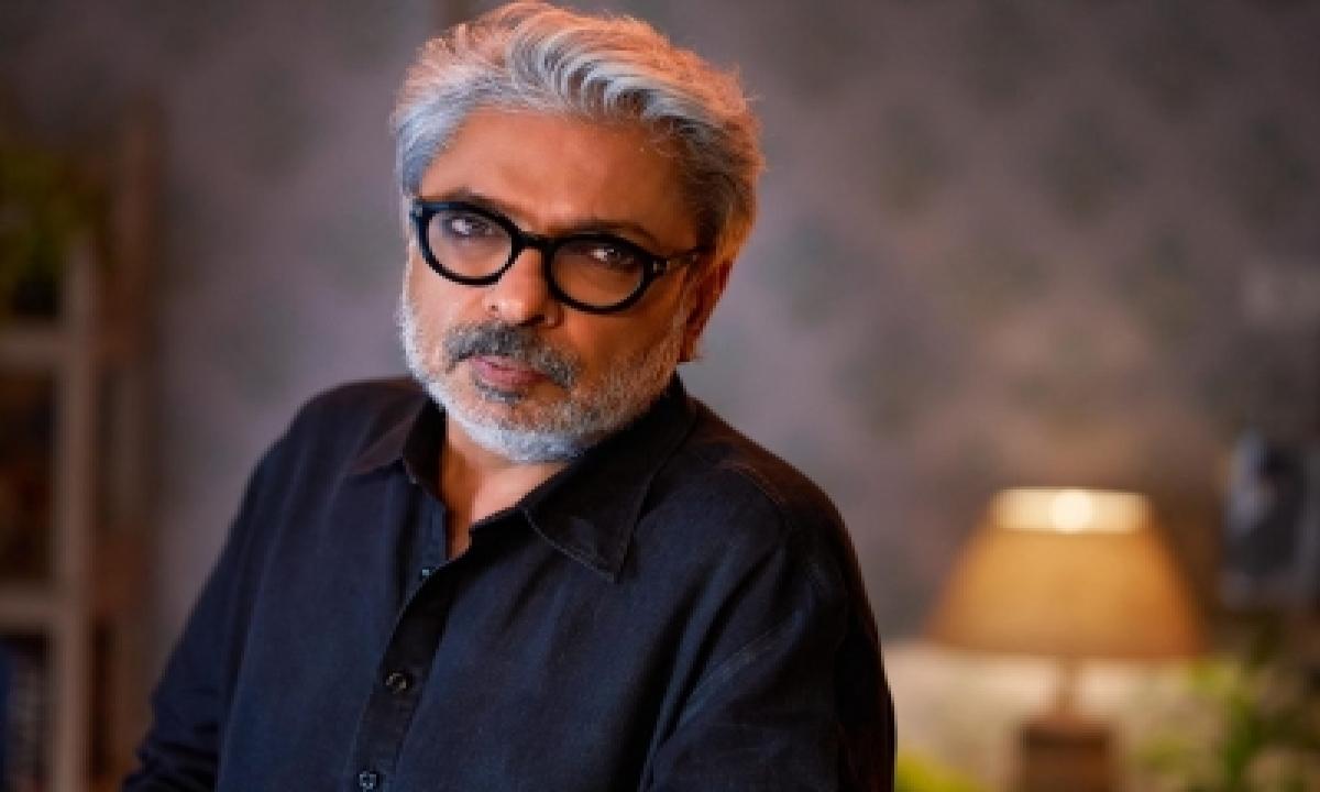 Sanjay Leela Bhansali On The Inception Of His Debut Web Series 'heeramandi'-TeluguStop.com