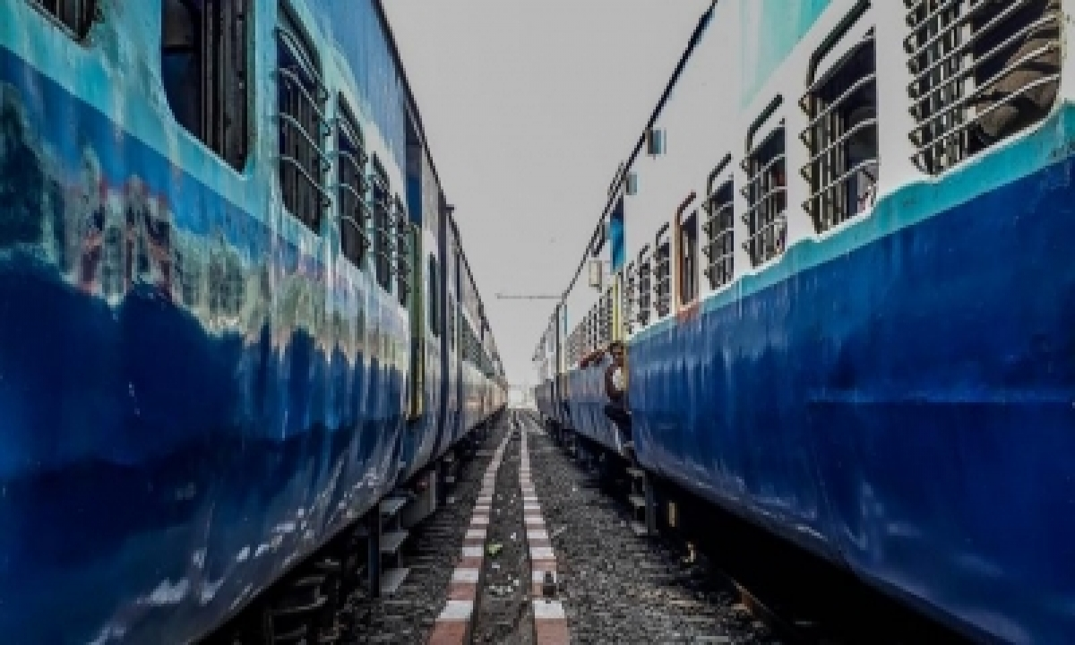 Scr Cancels 12 Trains In View Of Cyclonic Storm 'gulab'-TeluguStop.com