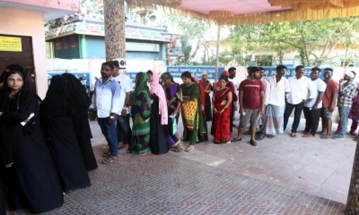 `seeman Factor Resulted In Higher Polling In Tn's Thiruvottiyur Constituency'-TeluguStop.com