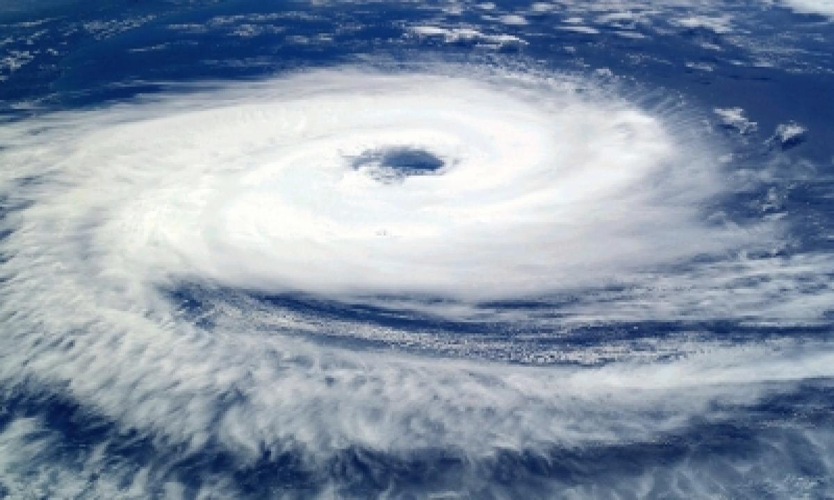 Severe Impact Of Cyclone In Bihar-TeluguStop.com