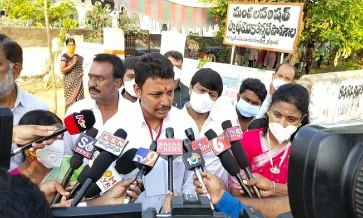 Smooth Polling In Nagarjunasagar Assembly Bypoll, 31% Voting By 11 A.m. (lead)-TeluguStop.com