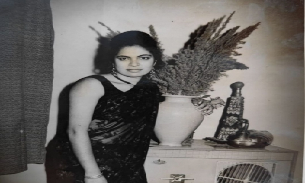 Sonu Sood Pens Emotional Note For Late Mother On Her Birth Anniversary-TeluguStop.com