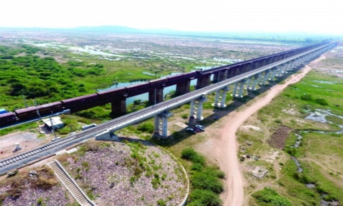 South Central Railway Doubles Maximum Speed On Key Godavari Bridge-TeluguStop.com