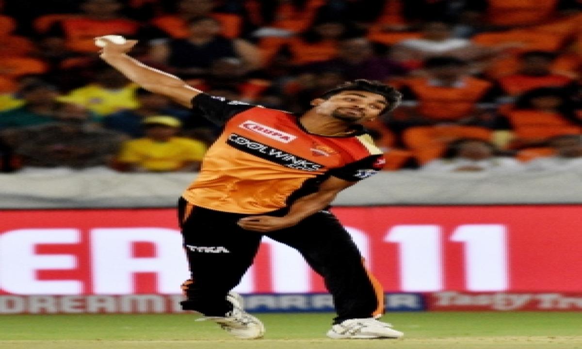 Srh Leave Out Kohli Slayer Sandeep-TeluguStop.com