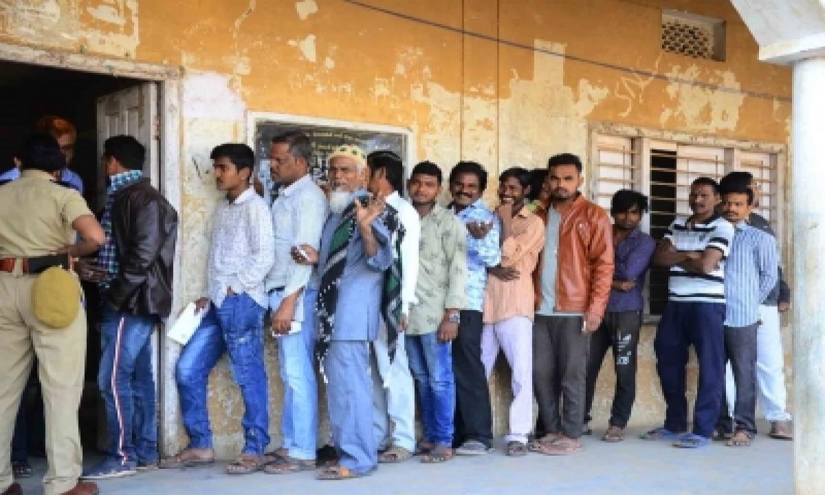 Stage Set For Voting In Telangana's Nagarjuna Sagar Bypoll-TeluguStop.com