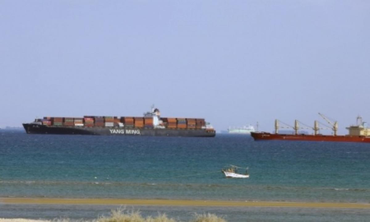 Suez Canal Traffic Normal Despite Ship's Engine Breakdown-TeluguStop.com