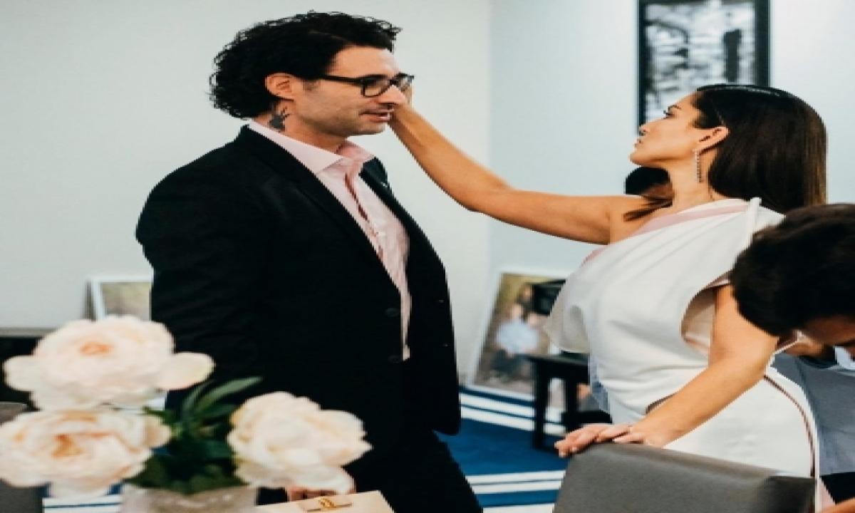 Sunny Leone Finally Got Hubby To Wear Pink-TeluguStop.com