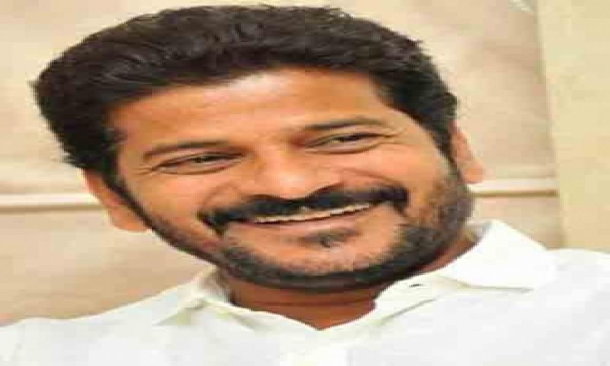 Telangana Congress Chief Placed Under House Arrest-TeluguStop.com