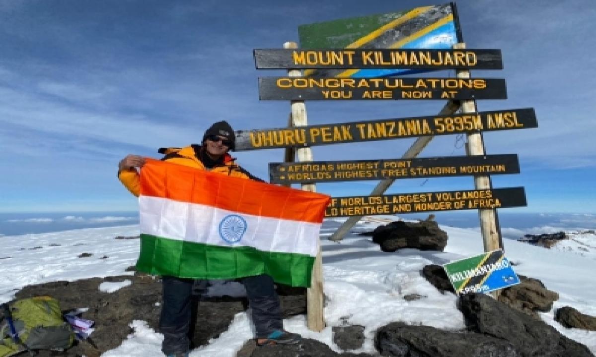 TeluguStop.com - Telangana Ips Officer Scales Mt. Kilimanjaro