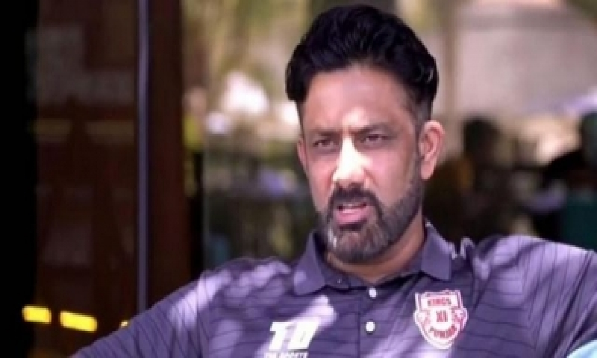 This Seems Really Small, You Hit A Lot Of Sixes Here: Kumble On Sharjah Stadium-TeluguStop.com
