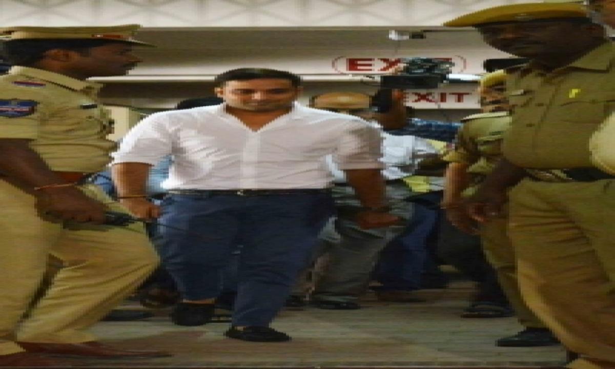 Tollywood Drugs Case: Actor Tarun Appears Before Ed-TeluguStop.com