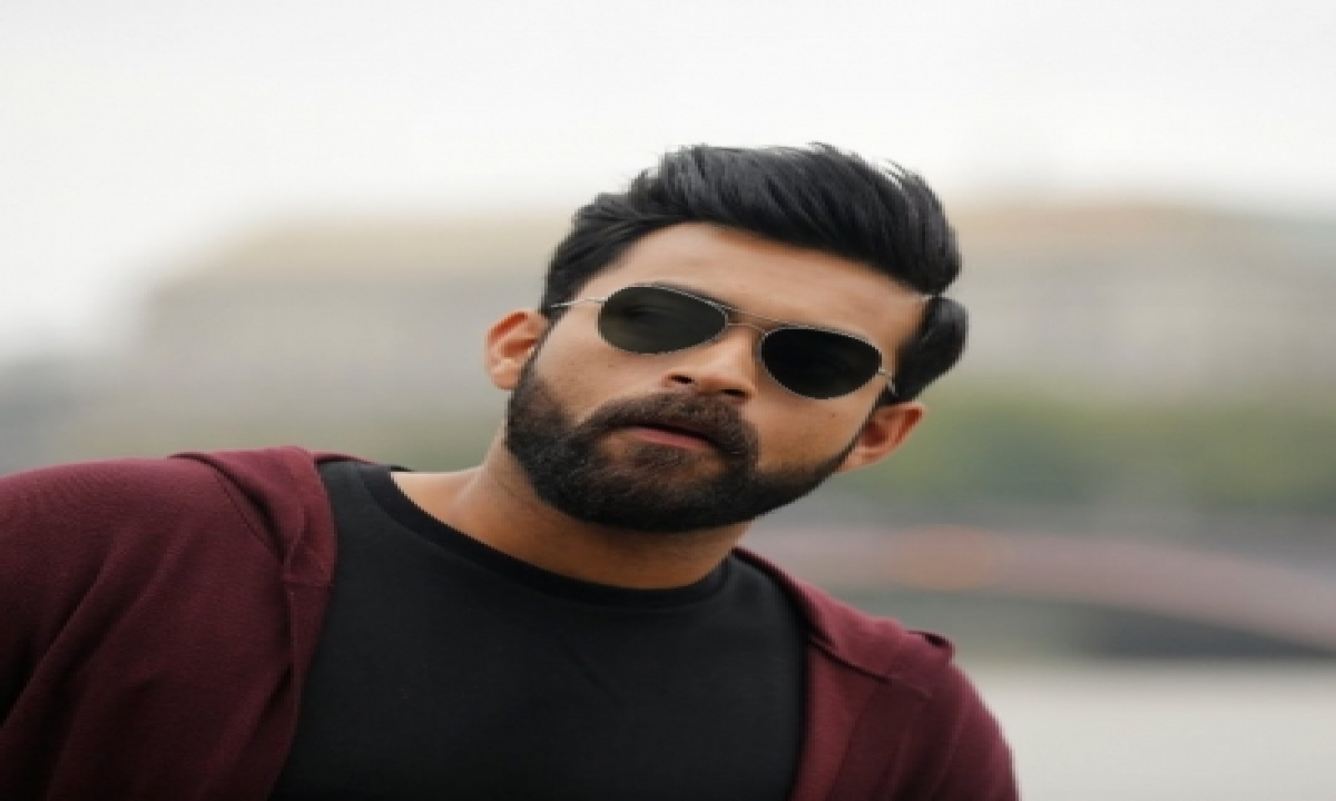 Varun Konidela's Selfie Is About His Monday Mood-TeluguStop.com