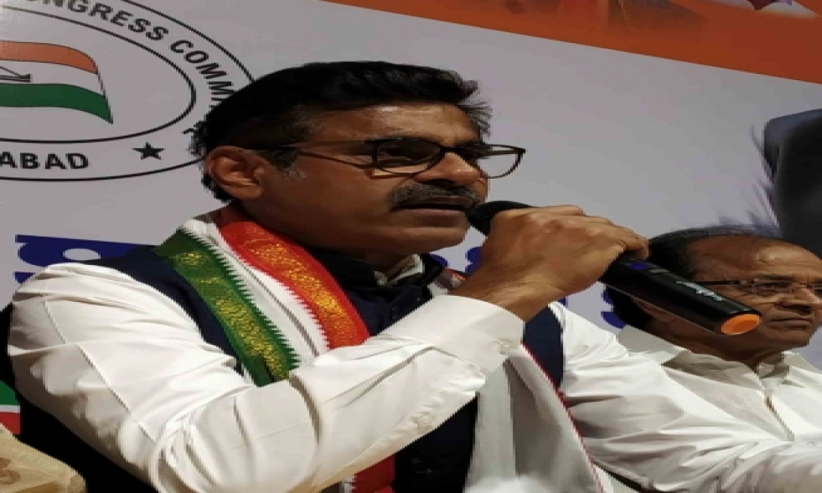 Vishweshwar Reddy Meets Sacked Telangana Minister Eatala Rajender-TeluguStop.com