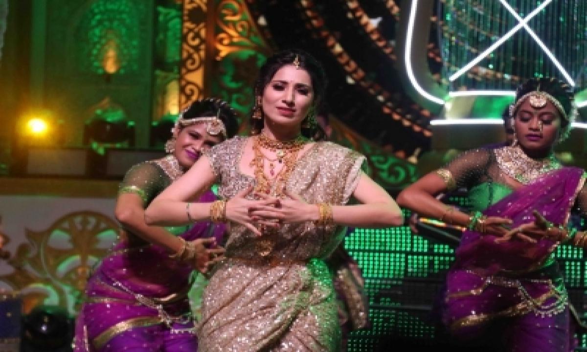 Vrushika Talks About Her 'rapchik Lavani' In 'ganesh Utsav With Zee Tv'-TeluguStop.com