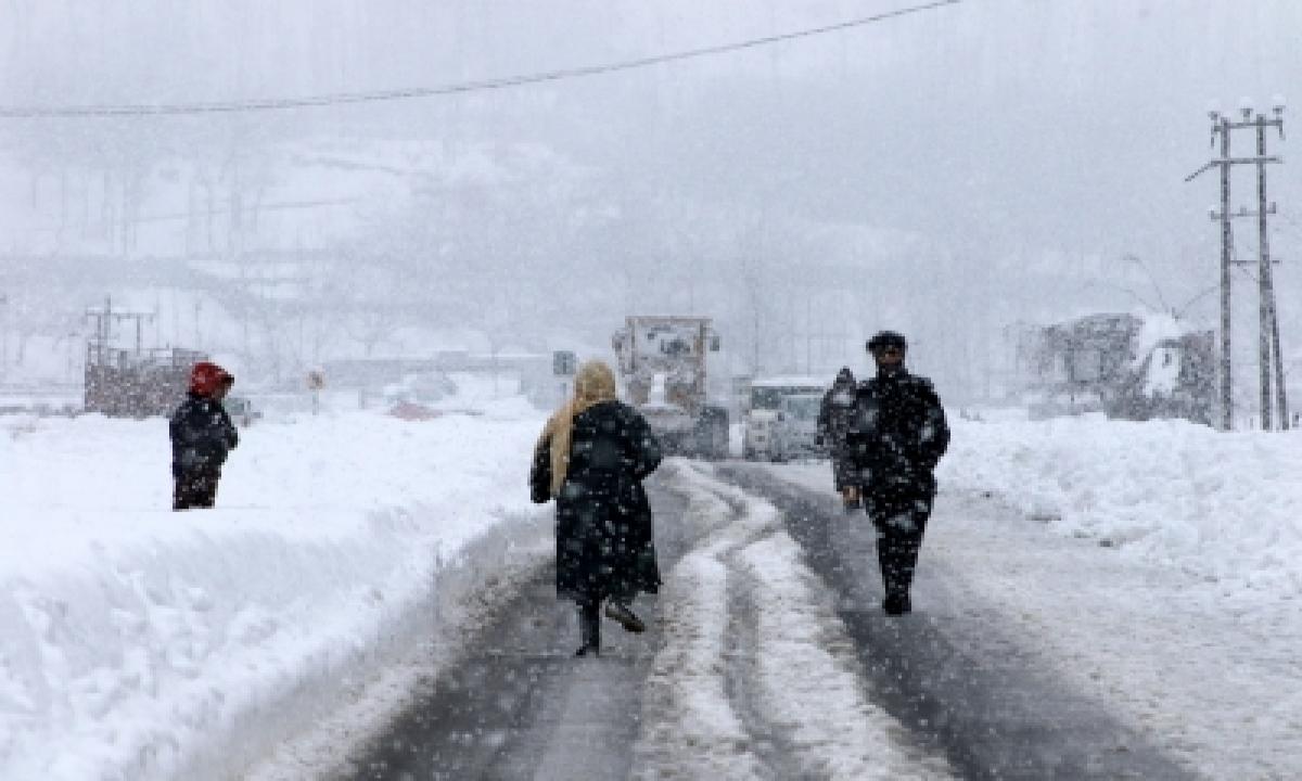 TeluguStop.com - Weather Improves In J&k, Ladakh, To Stay Dry Till Jan 31